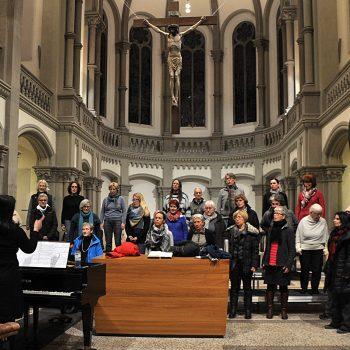 Der Motettenchor bei der Generalprobe in Heslach zum Passionskonzert März 2018